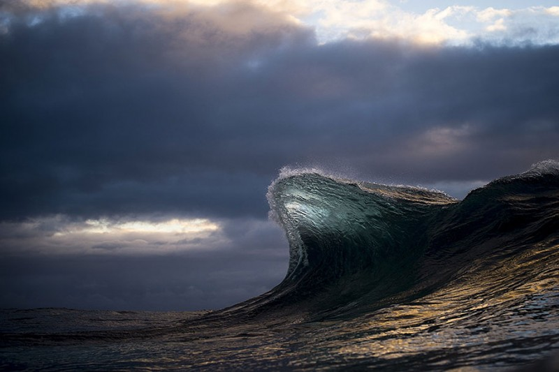 amazing-beautiful-sea-photography-mountain-waves-picutres (8)