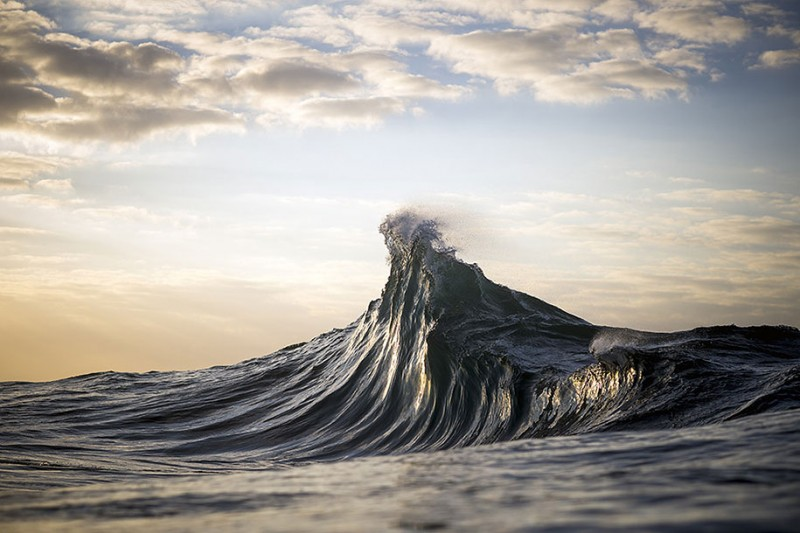 amazing-beautiful-sea-photography-mountain-waves-picutres (9)