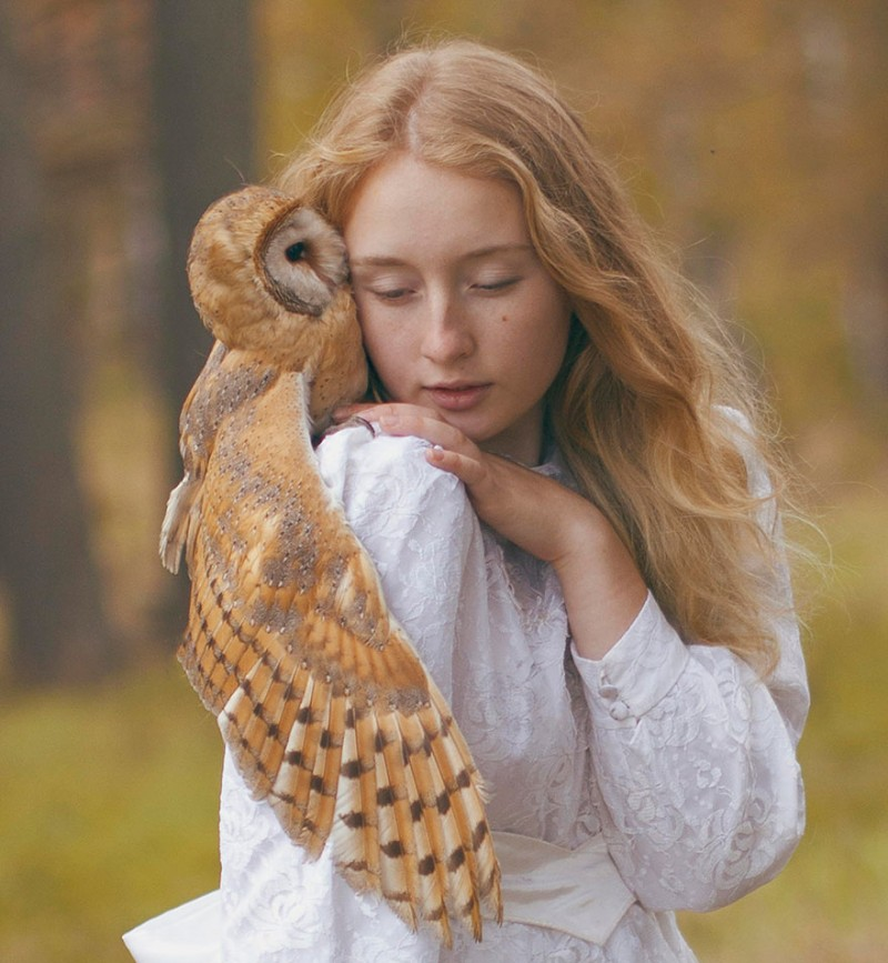 beautiful-fairytale-scenes-young-women-animals-portraits (22)