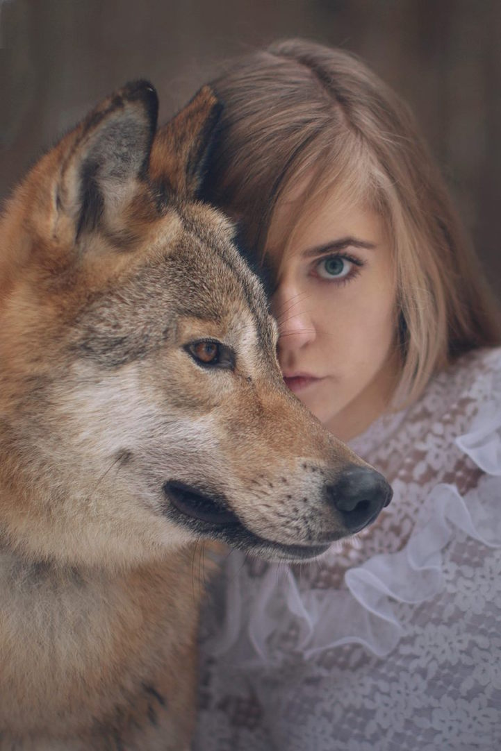 beautiful-fairytale-scenes-young-women-animals-portraits (4)