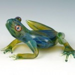 beautiful-glass-frog-sculpture (2)