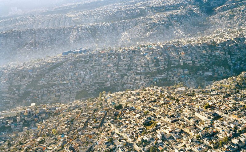 environmental-protection-pollution-trash-destruction-overdevelopement-overpopulation-photos (16)