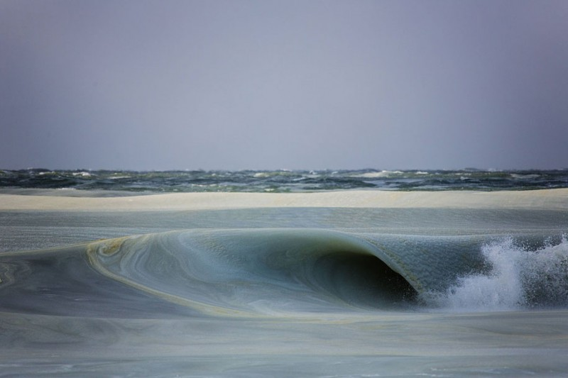 ice-frozen-slush-sea-waves-photos (4)