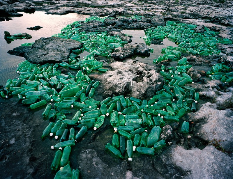 sea-pollution-washed-up-trash-art-installations (3)