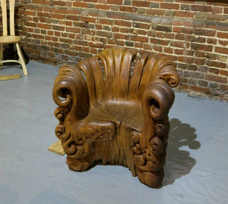 tree-stump-wood-carving-chair-scultpure-art (1)