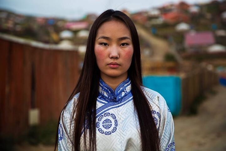 Beauty-ladies-World-country-_mongolia