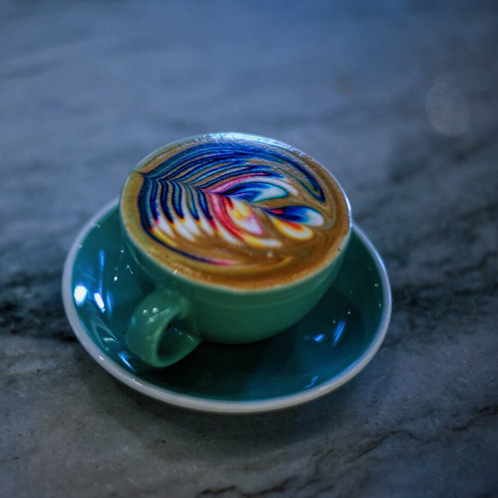 beautiful-coloured-fancy-coffee-latte-art (2)