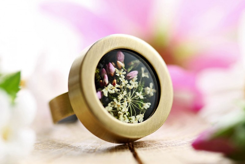 beautiful-hand-crafted-terrarium-jewelry-DIY (19)