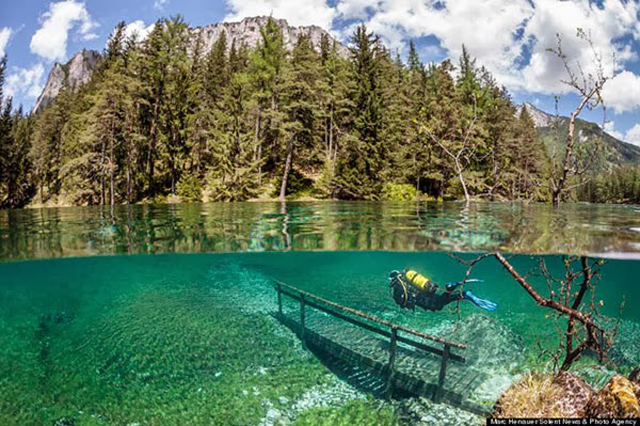 beautiful-spectacular-underwater-park-Austria-photos (3)