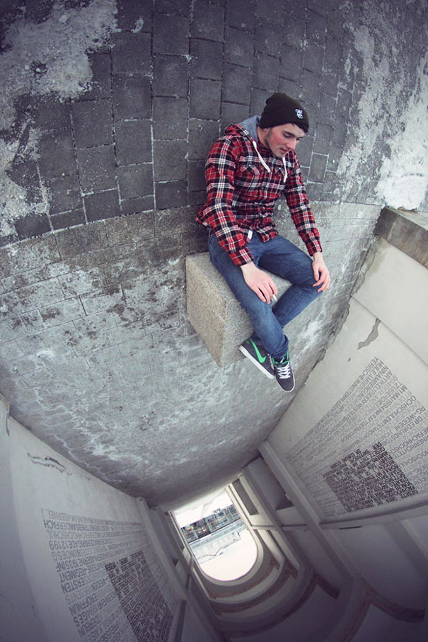 funny-creative-clever-angles-photography-pictures (14)