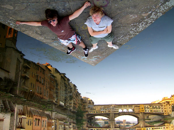 funny-creative-clever-angles-photography-pictures (16)