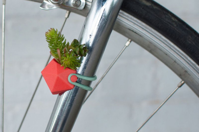 green-design-3D-printed-Bike-Accessory-Flower-Vases (8)