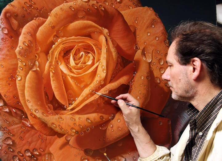 hyperrealism-art-Giant-Paintings-of-Roses-Dewdrops (1)