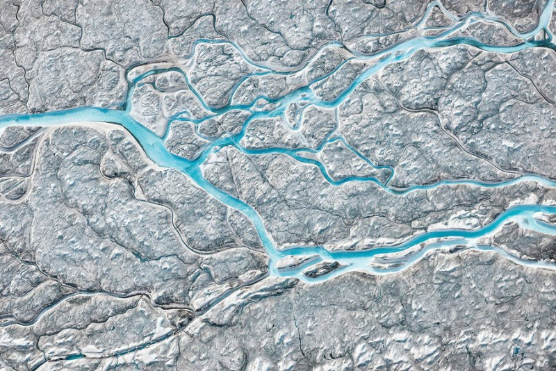 spectacular-Aerial-Views-of-Greenland-ice-sheet-photographs (5)