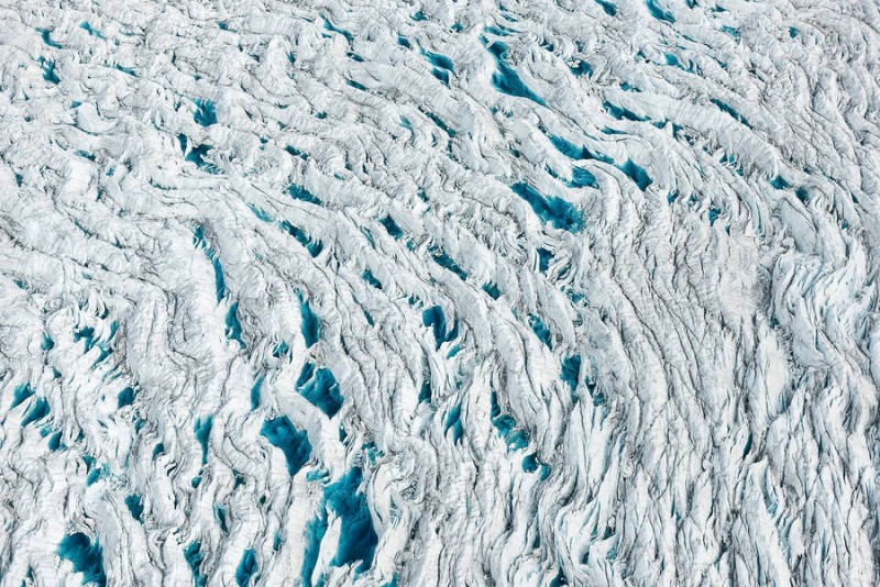 spectacular-Aerial-Views-of-Greenland-ice-sheet-photographs (6)