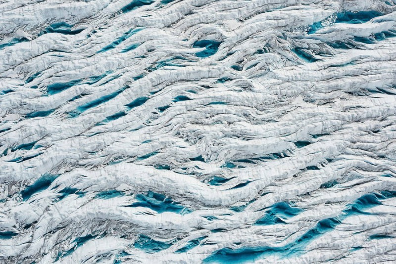 spectacular-Aerial-Views-of-Greenland-ice-sheet-photographs (8)