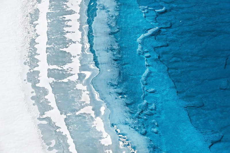 spectacular-Aerial-Views-of-Greenland-ice-sheet-photographs (9)