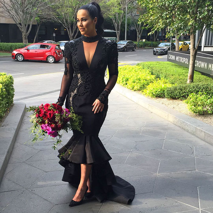 unusual-stunning-beautiful-black-wedding-dress (2)