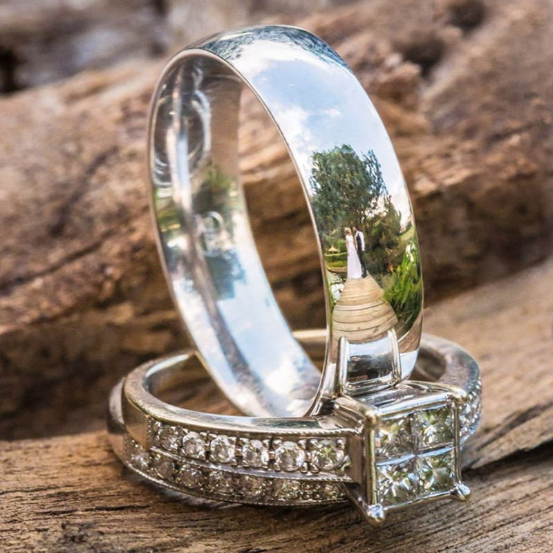 wedding-photography-impressive-ring-reflections-photo-shoot (11)