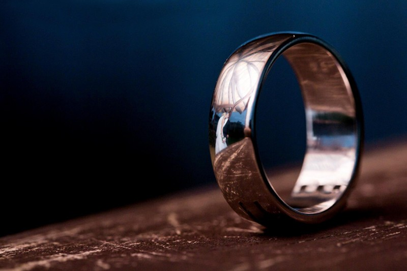 wedding-photography-impressive-ring-reflections-photo-shoot (12)