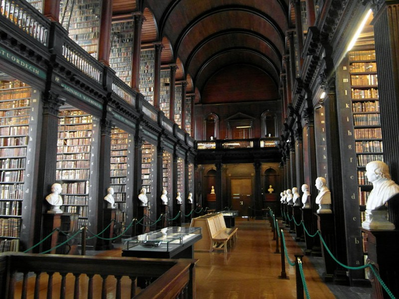wonderful-old-library-trinity-college-dublin-Ireland (3)