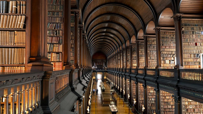 wonderful-old-library-trinity-college-dublin-Ireland (5)