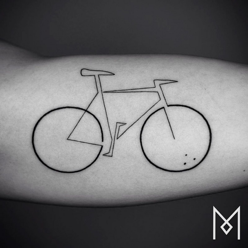Minimalist-one-line-simple-tattoo-patterns-body-art (22)