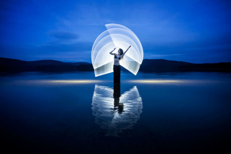 beautiful-Light-painting-art-pictures (10)