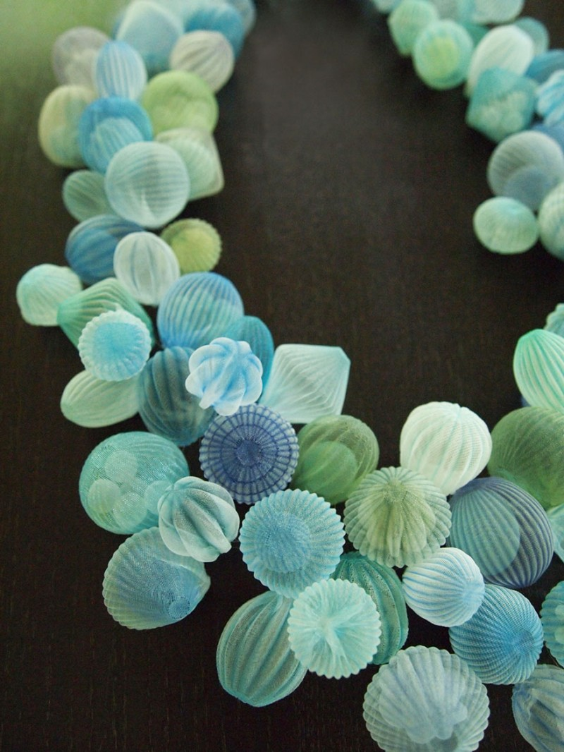 beautiful-jewerly-translucent-fabric-inspired-sea-creatures (2)