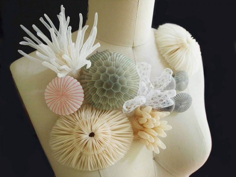 beautiful-jewerly-translucent-fabric-inspired-sea-creatures (3)