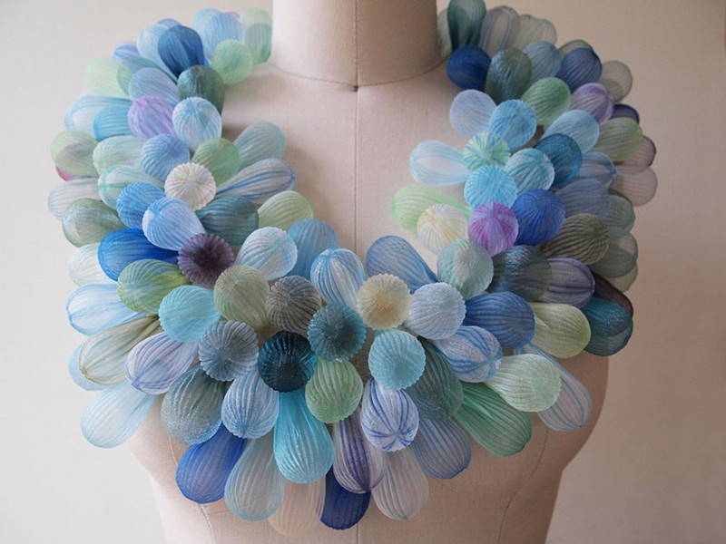 beautiful-jewerly-translucent-fabric-inspired-sea-creatures (6)