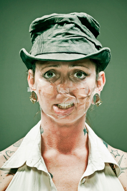 bizarre-odd-tape-portraits-pictures (3)