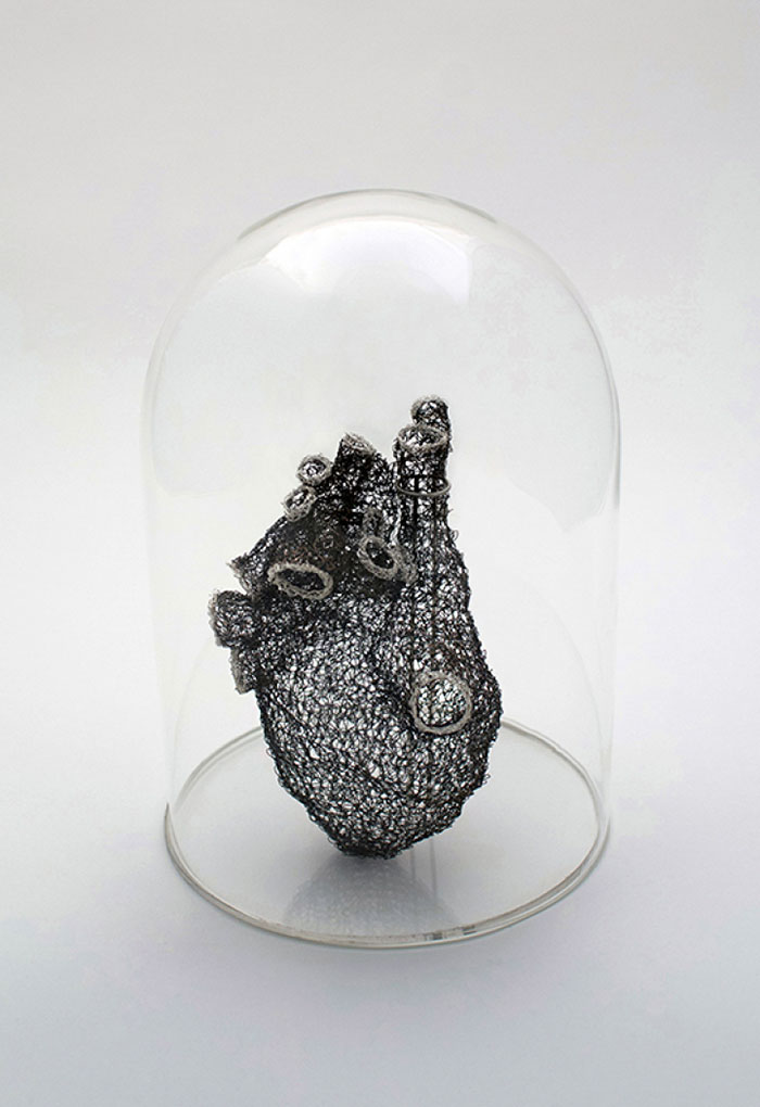 creative-wire-crochet-heart-work-of-art (6)