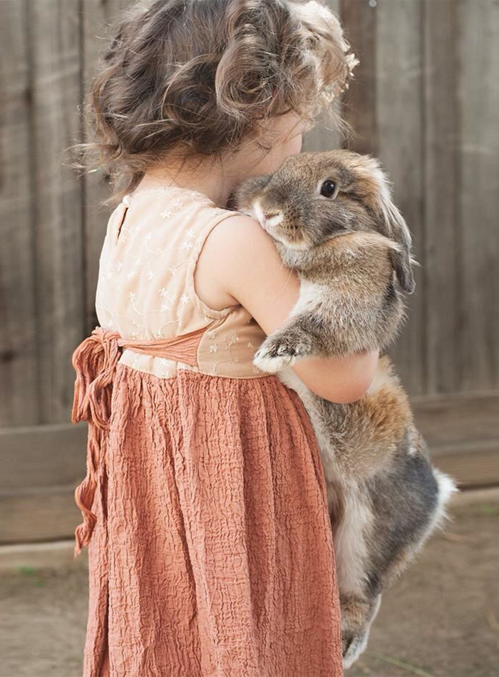 cute-adorable-photos-kids-animals-pets (15)