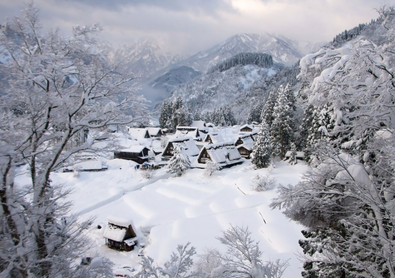 most-beautiful-small-villages-towns-in-world-fairy-tale-like (1)