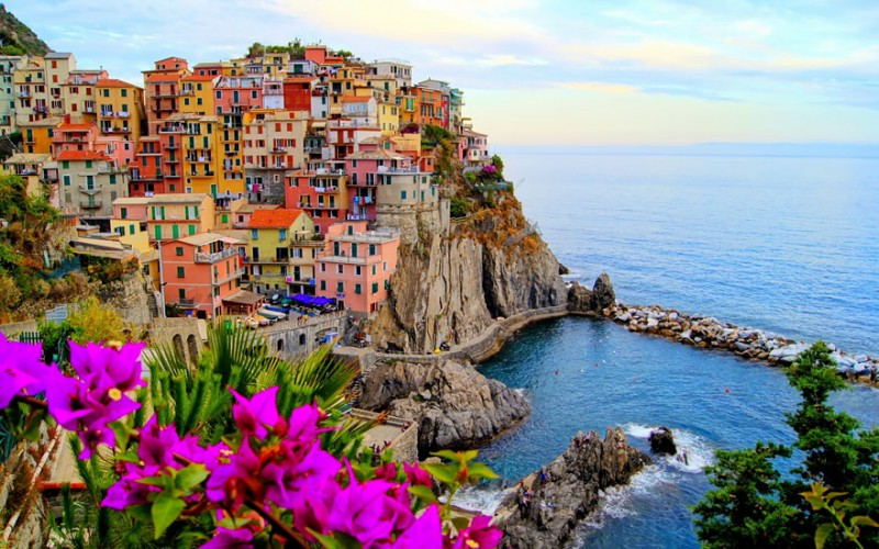 most-beautiful-small-villages-towns-in-world-fairy-tale-like (14)