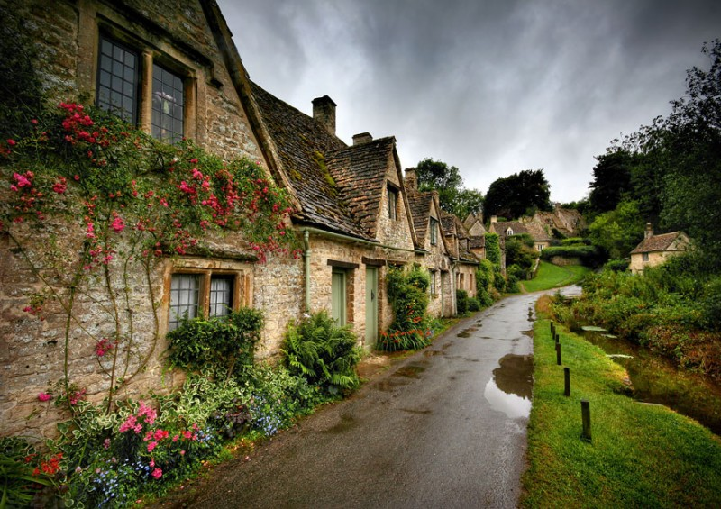 most-beautiful-small-villages-towns-in-world-fairy-tale-like (16)