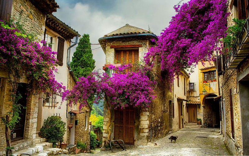 most-beautiful-small-villages-towns-in-world-fairy-tale-like (2)