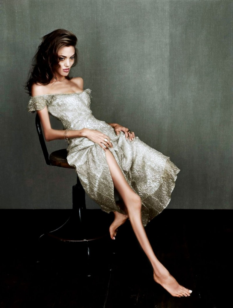over-weight-loss-Anorexic-Celebrities-photoshop-manipulated-pictures (7)