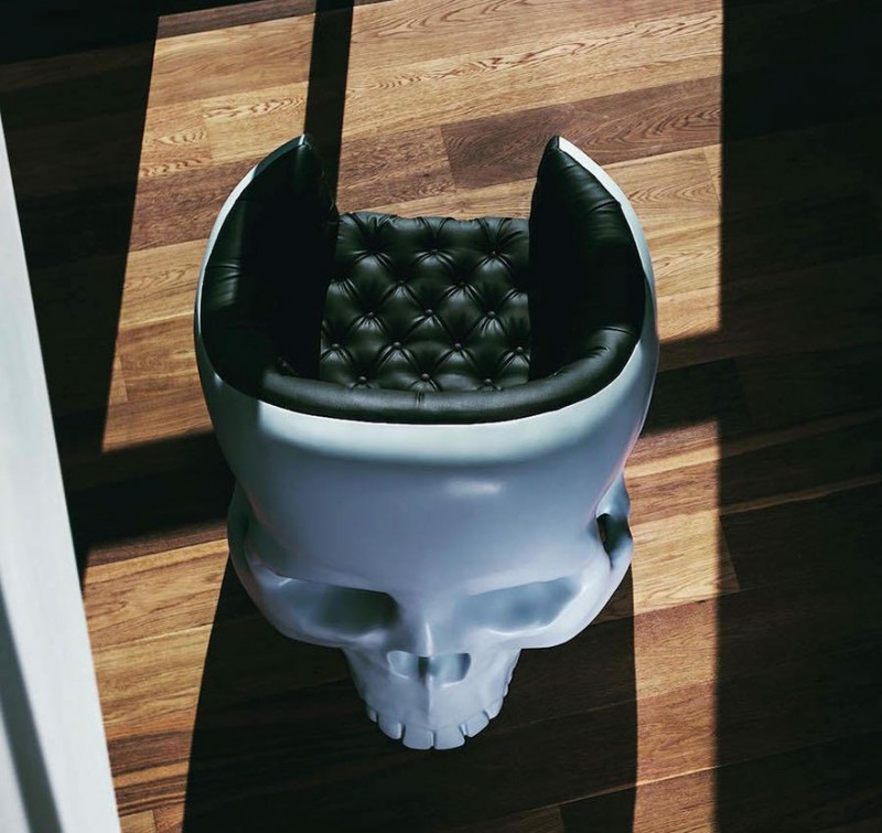 weird-bizarre-chair-design-skull-arm-chair (4)