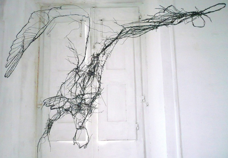 amazing-delicate-3d-objects-wire-animal-sculptures (7)
