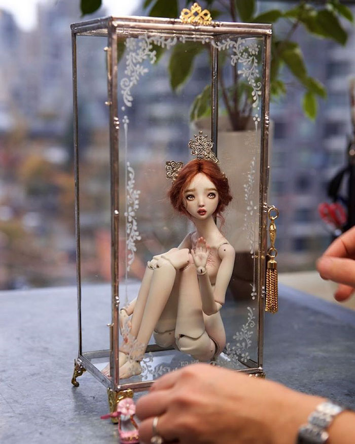 beautiful-handmade-adult-porcelain-enchanted-dolls (33)