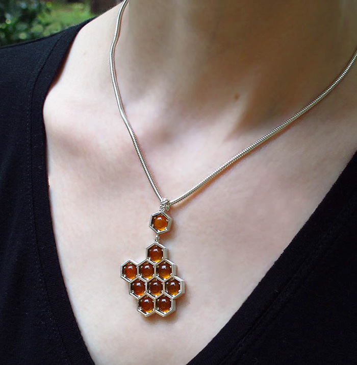 beautiful-honeycomb-jewelry-bee-themed-design (2)
