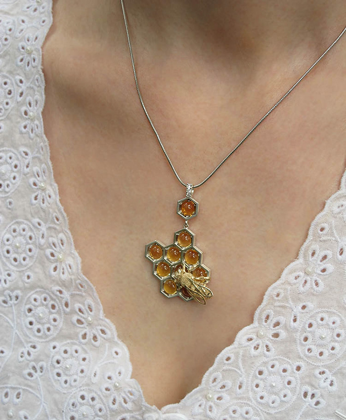 beautiful-honeycomb-jewelry-bee-themed-design (4)