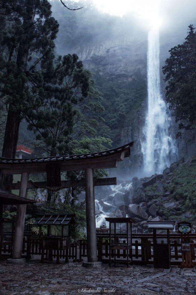 beautiful-photographs-Japans-rainy-season-like-paitnings (5)