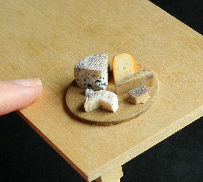 cute-miniature-food-sculptures-out-of-clay (4)