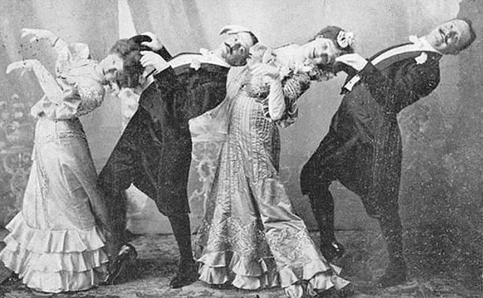 funny-photos-retro-black-and-white-photography-victorian-era-pictures (10)