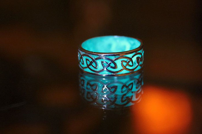 magical-jewelry-accessories-Luminous-glow-in-the-dark (1)