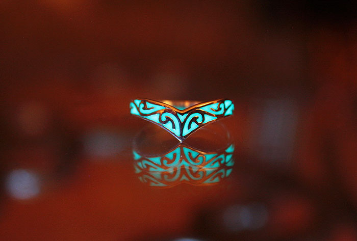 magical-jewelry-accessories-Luminous-glow-in-the-dark (5)