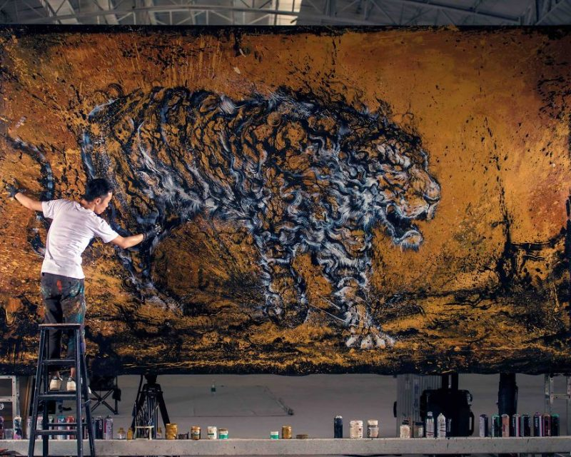 Traditional-Chinese-performance-art-Splattered-Ink-tiger-painting (2)